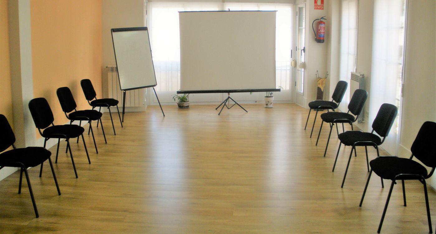 alquiler sala en Majadahonda talleres, actividades, reuniones